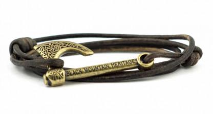 armband mit wickelarmband mit axt antikbronze braun 416x223 - Axt Armband HALFDAN Leder vintage braun