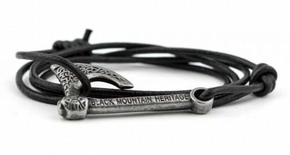 armband mit wickelarmband mit axt antiksilber schwarz 416x223 - Axt Armband RAGNAR Leder vintage schwarz