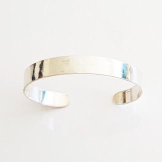 armreif silber glatt 324x324 - Puristischer Silber-Armreif
