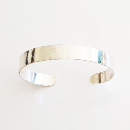 armreif silber glatt 416x416 - Puristischer Silber-Armreif