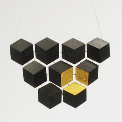 """collier ambivalenz schwarz gold 180 416x416 - Collier """"Ambivalenz"""" Schwarz-Gold"""