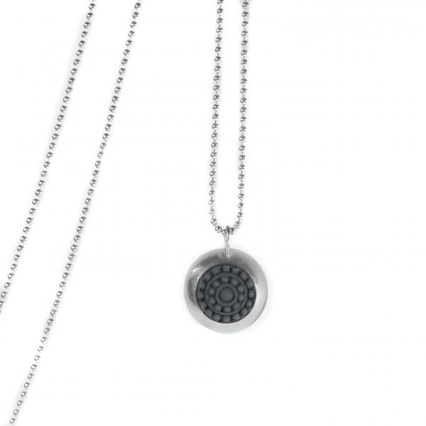 "dots silber design halskette mit farbe 600x600 - Silber-Halskette ""dots"" (Farbauswahl)"