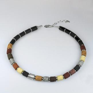 halskette black tao sierra leone 324x324 - Halskette flora multicolor