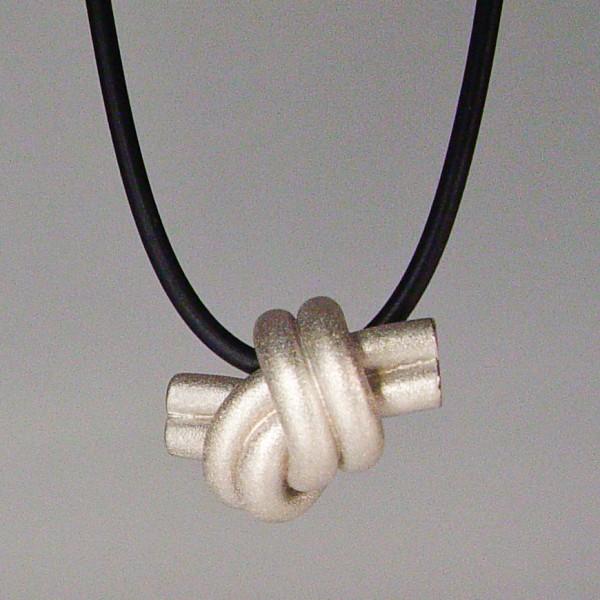halskette knoten doppelrund silber rhodiniert 1 600x600 - KNOTEN doppelrund
