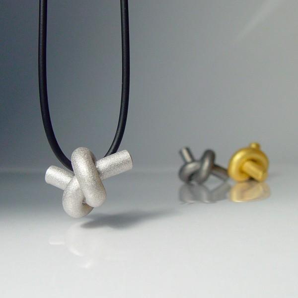 halskette knoten rund klein silber rhodiniert 1 600x600 - KNOTEN rund klein
