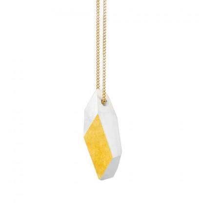 "kette lang ambivalenz marmor gold 6 416x416 - Kette lang ""Ambivalenz"" Marmor-Gold"