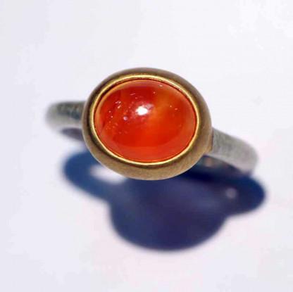 kreativer schmuck ring goldschmied r mox carneol 416x415 - Ring R Mox Carneol