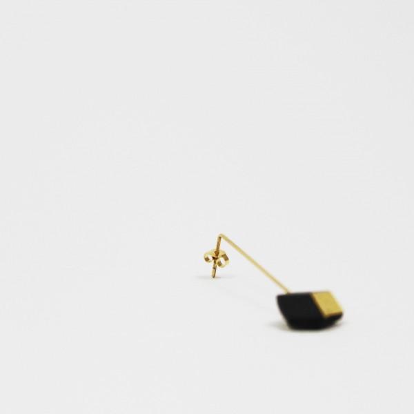 """ohrhaenger ambivalenz schwarz gold 12 600x600 - Ohrhänger """"Ambivalenz"""" Schwarz-Gold"""