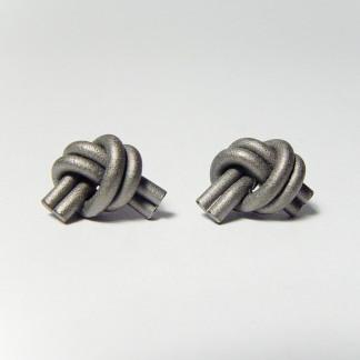 ohrstecker knoten doppelrund dunkel rhodiniert 1 324x324 - OHRKNOTEN doppelrund