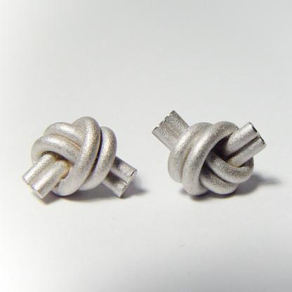 ohrstecker knoten doppelrund silber rhodiniert 1 416x416 - OHRKNOTEN doppelrund