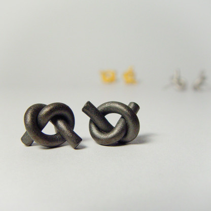 ohrstecker knoten rund klein dunkel rhodiniert 1 416x416 - OHRKNOTEN rund klein
