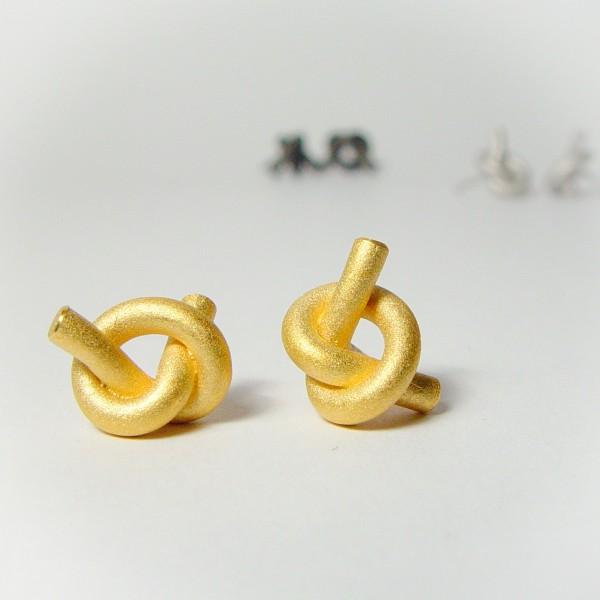 ohrstecker knoten rund klein gold 1 600x600 - OHRKNOTEN rund klein