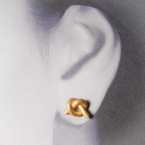 ohrstecker knoten rund klein rose gold 2 600x600 - OHRKNOTEN rund klein