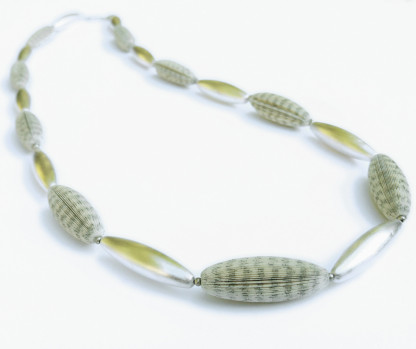 """schmuck kaufen Halskette Literarische Oliven 65cm 416x349 - Halskette """"Literarische Oliven"""""""