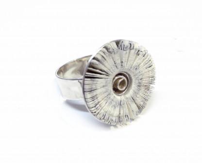 """schmuck kaufen Ring Literarische Blüte 416x335 - Ring """"Literarische Blüte"""""""