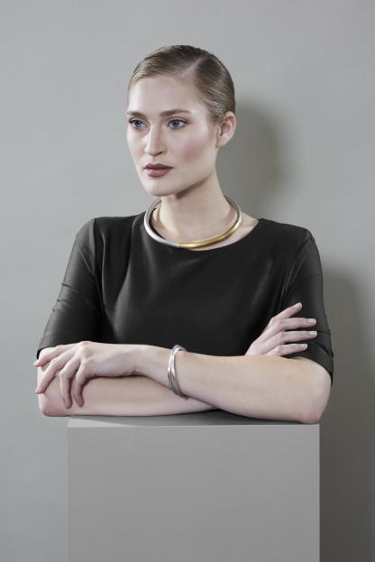 schmuck kaufen trend halsreif rondo 6 416x623 - Halsreif rondo