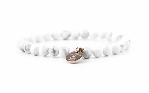 weiss 600x375 - Steinperlen Armband HOWL weiß